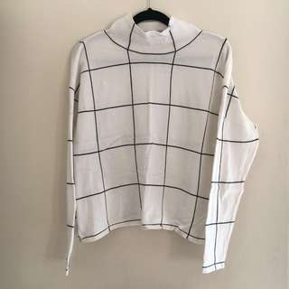 Valleygirl Grid Light Sweater