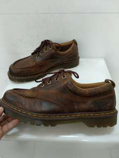 Dr martens lowell
