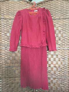 DRESS PLEATED MAROON