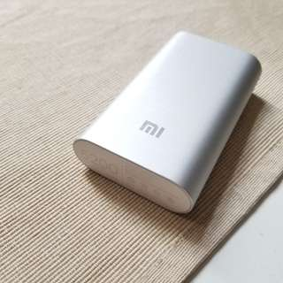 Used 小米充電器 Mi powerbank 5200maH