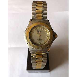 Authentic TAG Heuer Professional 200M