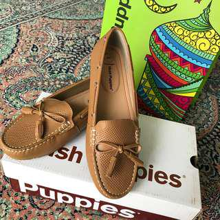 NEW Hush Puppies Loafer Woman Size 7us