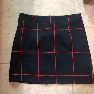 🚚 Navy blue checkered skirt