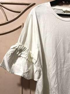 H&M White Ruffled Top