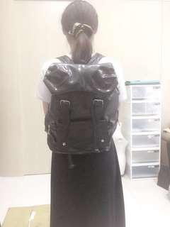 皮革大容量後背包