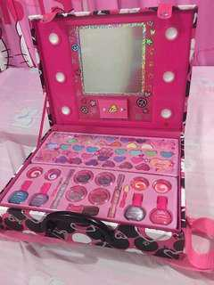 JUSTICE COLLECTION MAKEUP FOR KIDS