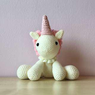 Pink unicorn (with desired name tag or short message tag)