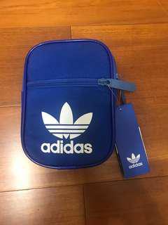 日本購adidas手機包側背包小包 supreme gucci lv bape可參考