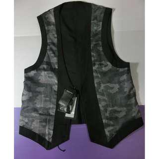 Japan new satin vest that can be worn normally both ways,