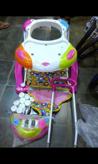 Royal baby walker pink