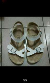 🚚 勃肯涼鞋37