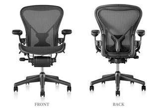 【美國Herman Miller】Aeron人體工學辦公椅(獨家基本款-直條紋)(B size)
