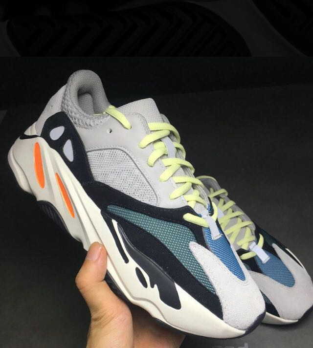 new style b4f8c 0142e 700 wave Runner (KANYE WEST)