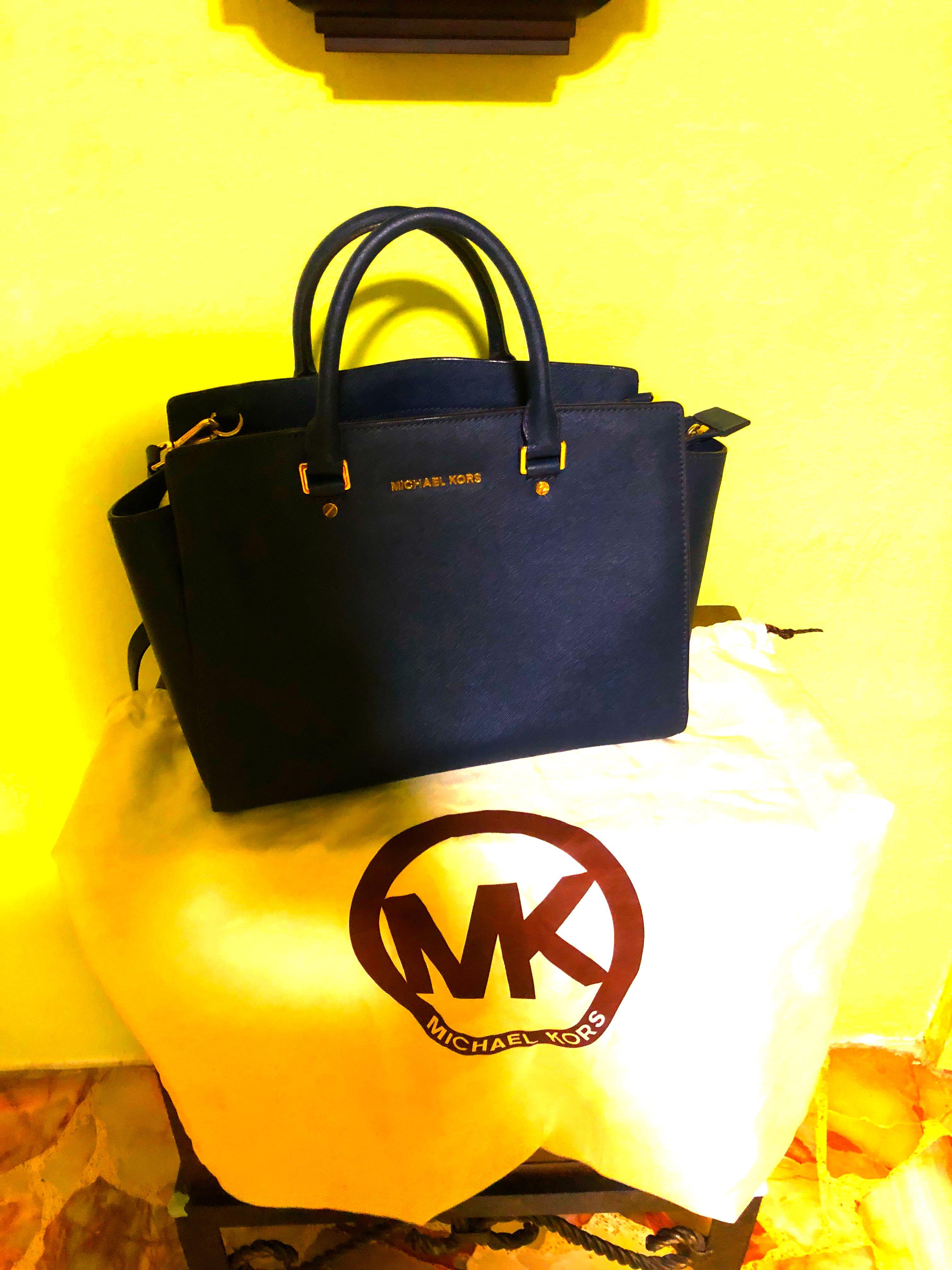 ae984ba39af3 Authentic Michael Kors (Selma)Bag, Luxury, Bags & Wallets, Handbags ...