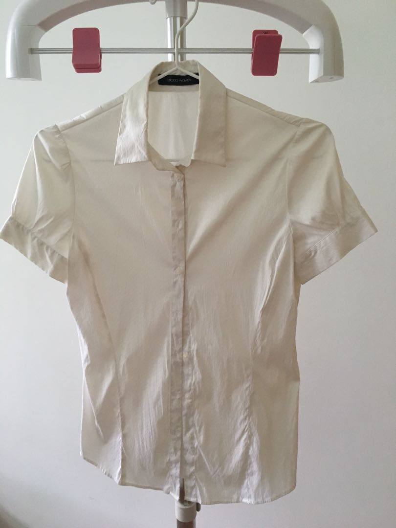 7eaeee2ca3e7c7 G2000 Shirt (short sleeve), Women's Fashion, Clothes, Tops on Carousell