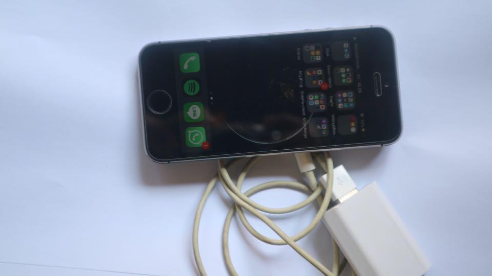 Iphone 5s 16Gb space grey 2bf0f9413f