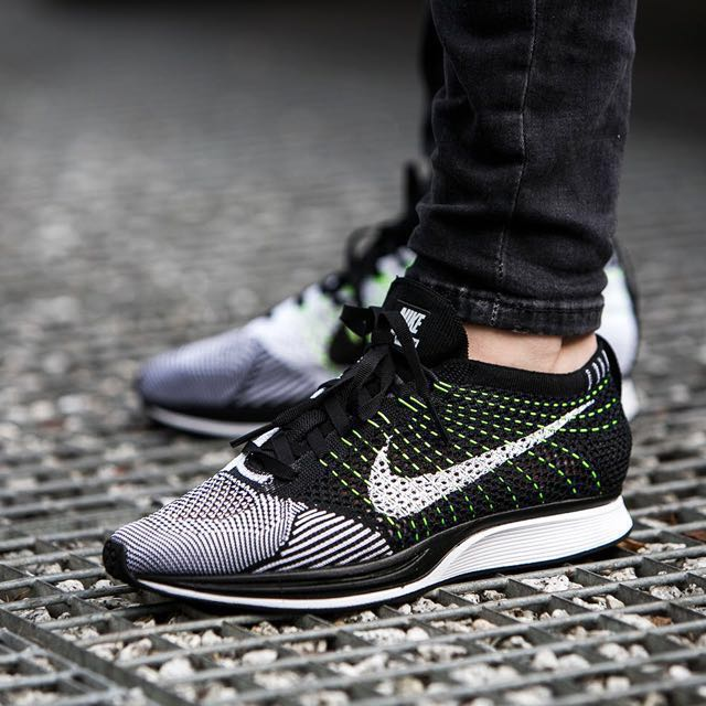 df350eac2d1d2 Nike flyknit racer orca US 9.5