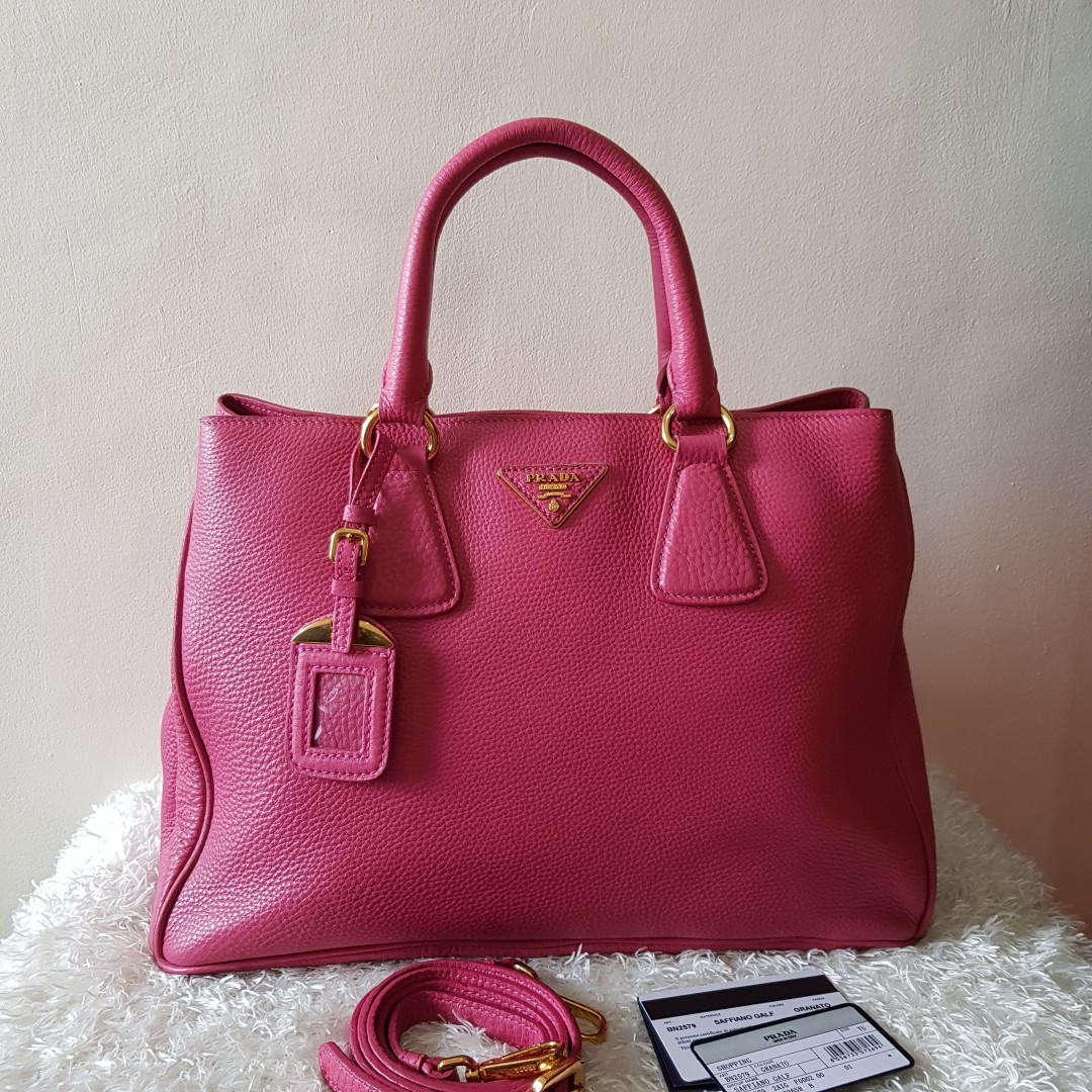 ... sweden on hand authentic prada bn2579 pink grain calf leather metal  logo galleria bag 2way shoulder 4a723fc15381c