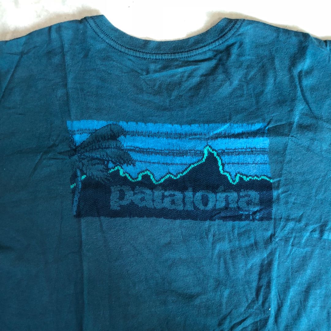 b1784118 Patagonia Pataloha Shirt XL, Men's Fashion, Clothes on Carousell