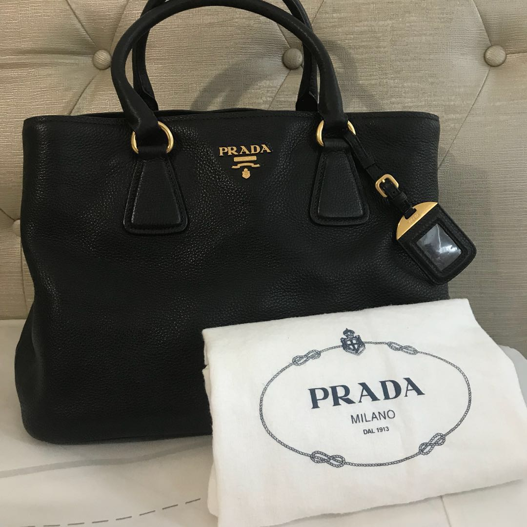 c5da7c7d5 Prada Bag, Luxury, Bags & Wallets, Handbags on Carousell