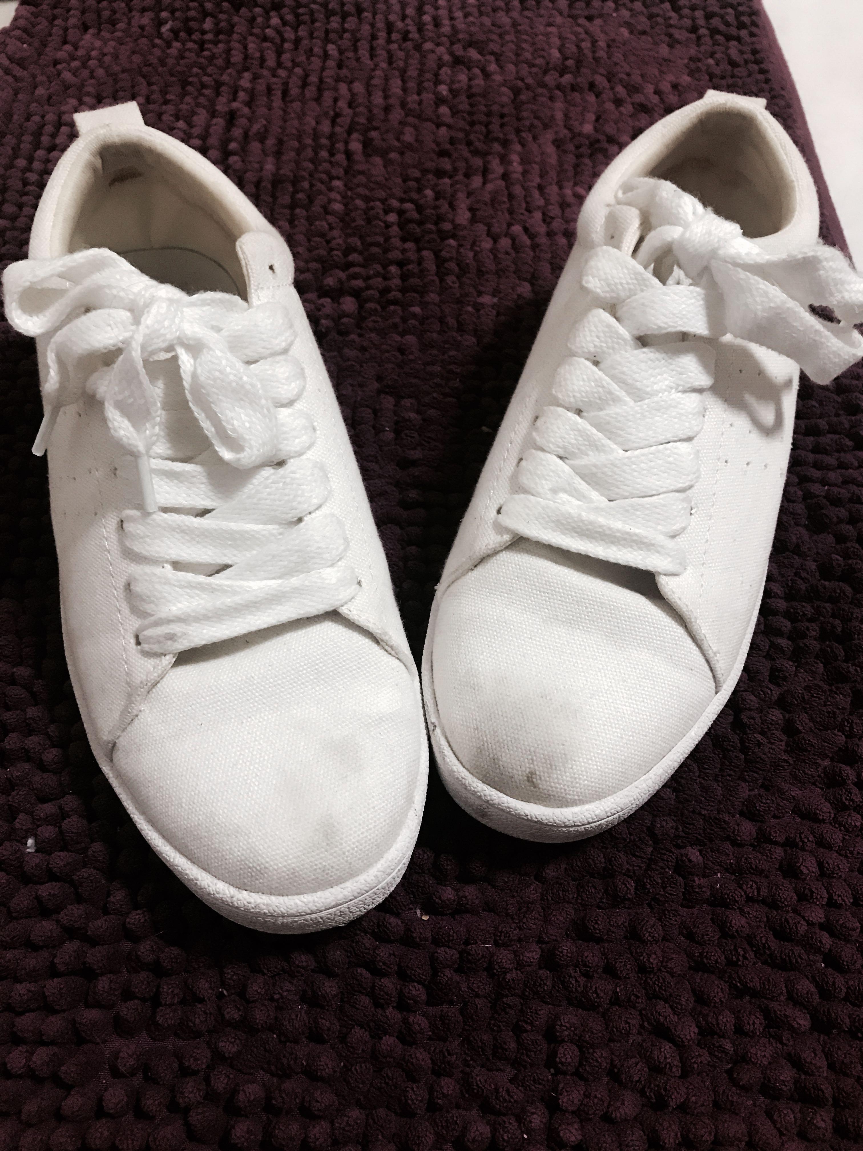 Zalora White sneakers, Women's Fashion