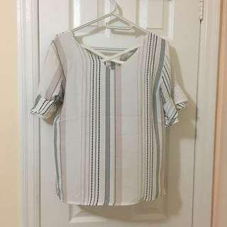 Criss cross top with ruffle sleeves size m