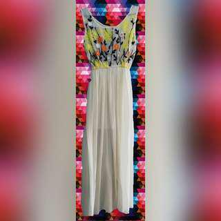 Jumpsuit with floral embroidery