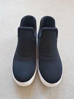 Country Road black casual shoes - size 39