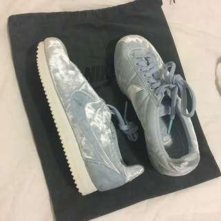 Nike Cortez sneakers - light blue velvet