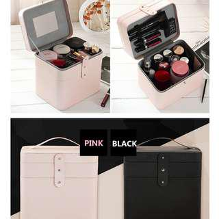 Large capacity makeup organizer Case Travel Makeup Bags 2 Layers with Mirror