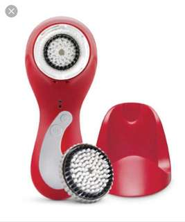 ✨SALE✨ Clarisonic Plus face + body