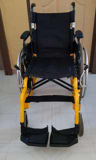 🚚 Wheelchair LIFE LINE brand