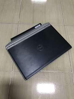 Dell latitude E6220 i7 SSD BRAND NEW BATTERY