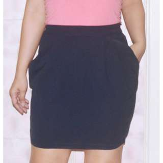 Tulip Pencil Skirt w/ Pockets