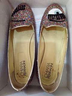 Ciara Ferragni眨眼鞋