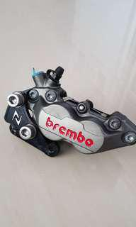 Brembo Front Caliper with adapter for Vespa GTS 300 ABS