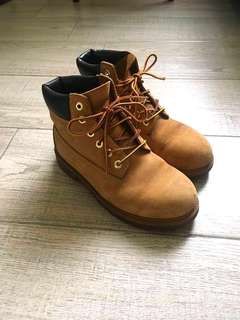 100% real Timberland Leather Boots