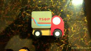 小小木頭玩具車