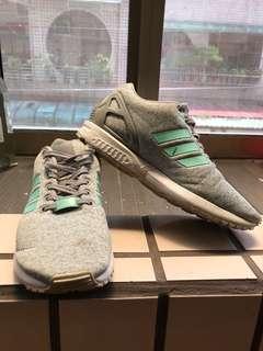 🚚 adidas跑鞋  兩雙700