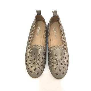 Coupbelle slip on