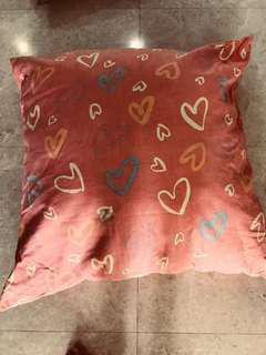 Big soft pillow (urgent clearance, price is reduced)