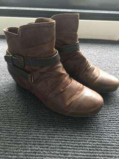 Distressed leather-look boots Size 8.5