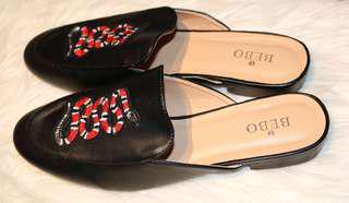 Boohoo Woman Black Mule Loafer Shoes Size US9/UK7