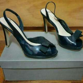 🚚 Charles & Keith Navy Blue Sling Back