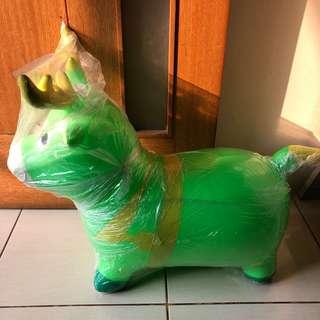 NEW - Mainan kuda hijau