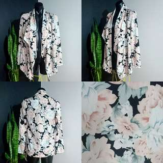 Women's size 8 'MINK PINK' Stunning floral print waterfall summer Jacket -AS NEW