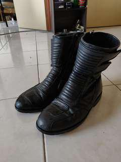 Riding shoes/boots leather