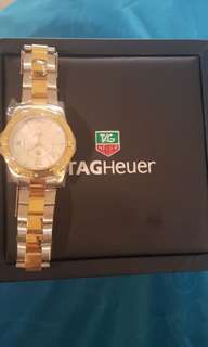 Tag heuer seri aqua racer..authentic..with box..very good condition..privat collection