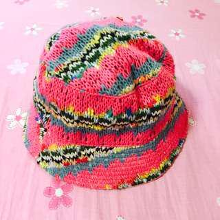 桃粉彩色編織漁夫帽