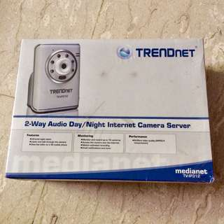 BNIP TRENDnet 2-Way Audio Day/Night Internet Camera Server